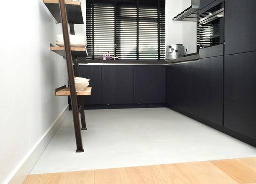 De gietvloer niet alleen in uw woonkamer